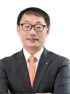Hyeon-Mo Ku